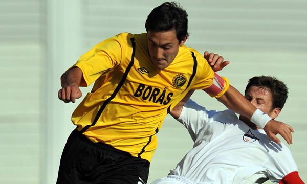 Midfielder Stefan Ishizaki, left, of Sweden's Elfsborg challenges Srgjan Zaharievski, right, of Macedonian team Teteks, during a UEFA Europa League match in 2010. Ishizaki, who signed with the Galaxy in the off-season, is still getting up to speed with playing soccer in the United States.