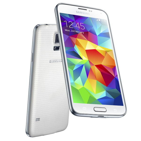 Samsung's focus on a few features, instead of hundreds, makes the Galaxy S5 its best smartphone yet.