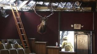 Fire destroys San Pedro Elks Lodge