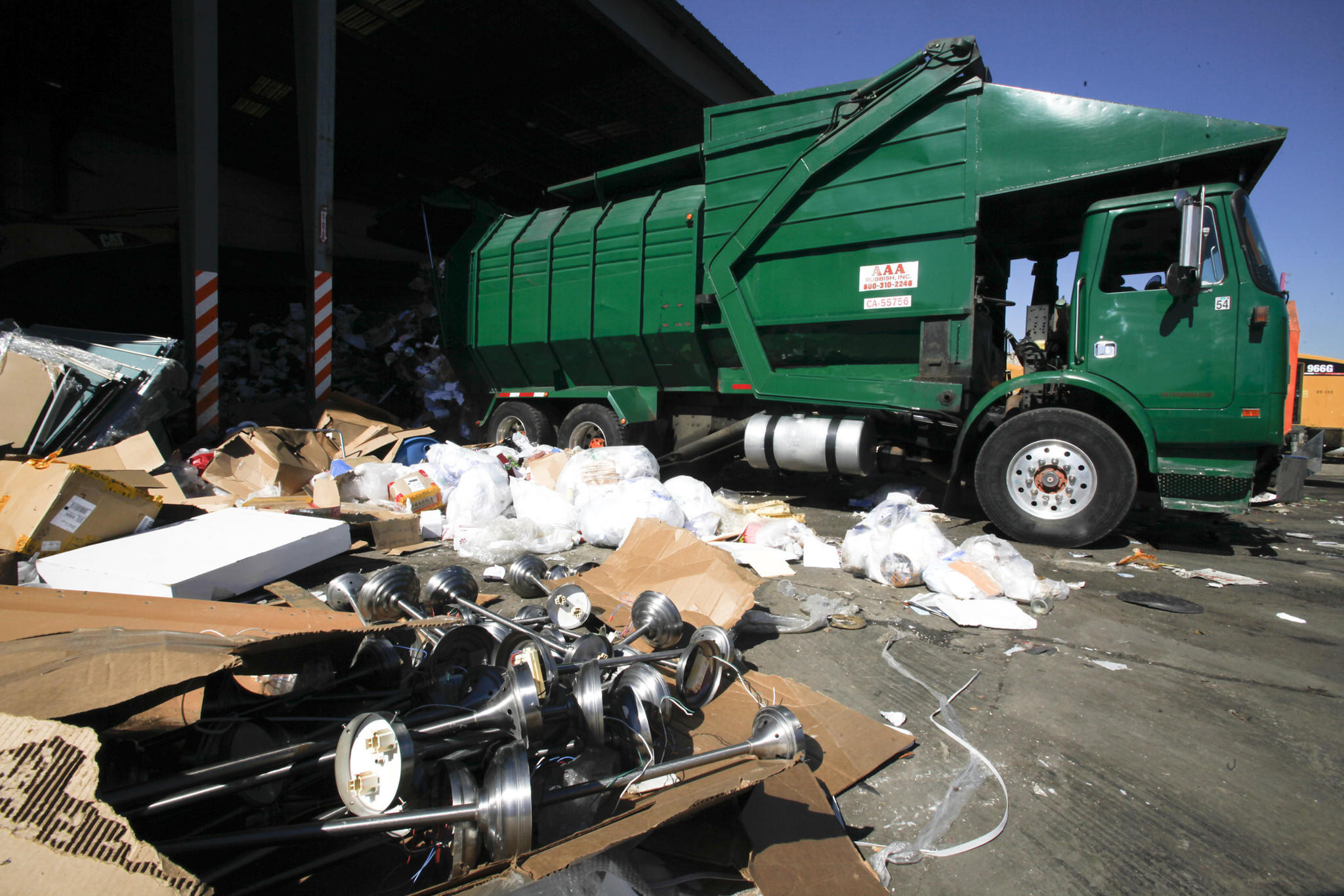 Trash Haulers Will Compete For Exclusive Rights To L A S