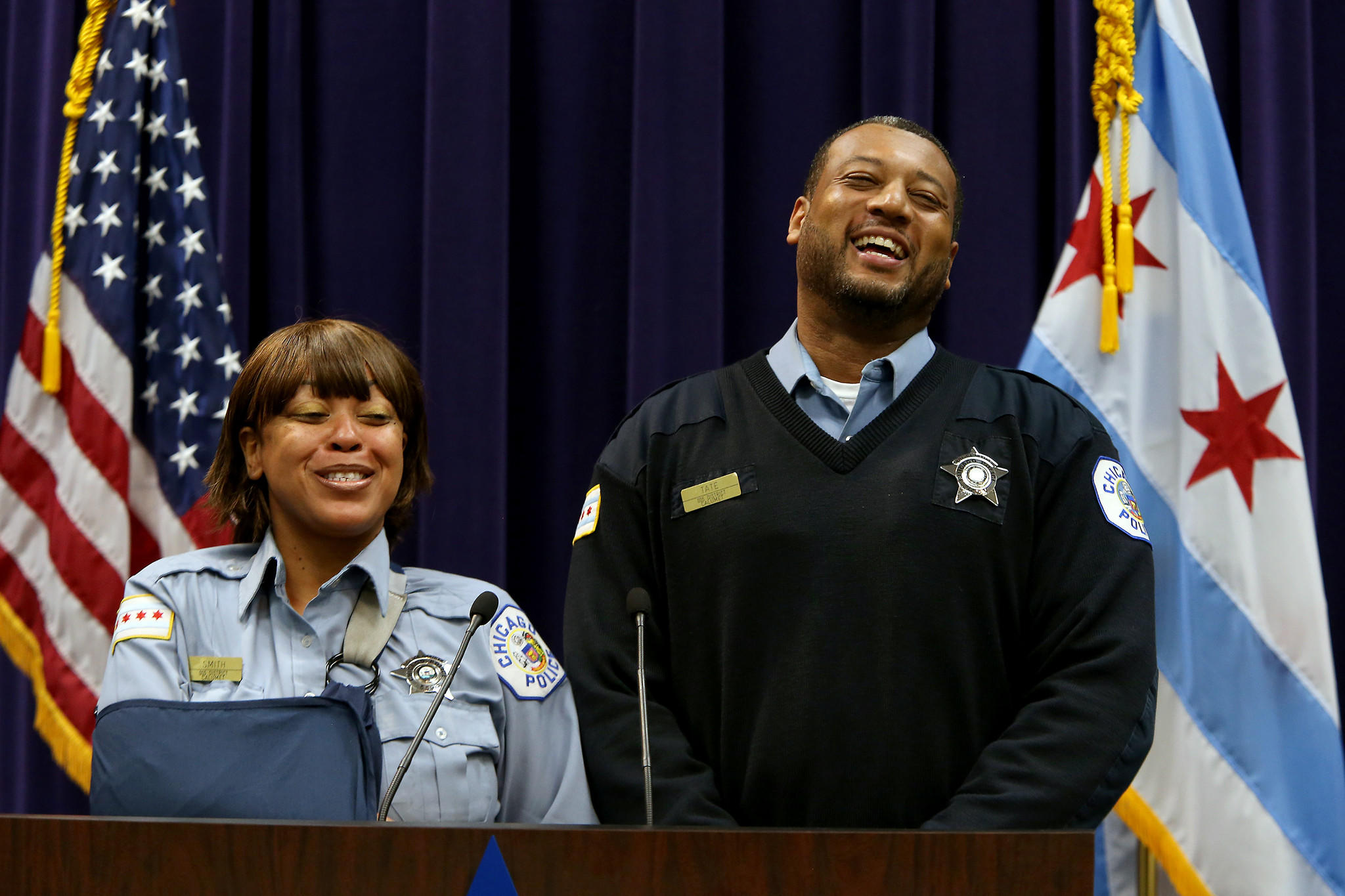 Chicago police officers Samanthia Smith and Kevin Tate replay their rescue of two boys from a fire.