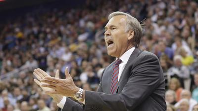 Mike D'Antoni's future to be a big part of Lakers off-season suspense