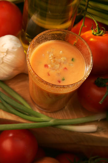 Tomatoes and onions add punch