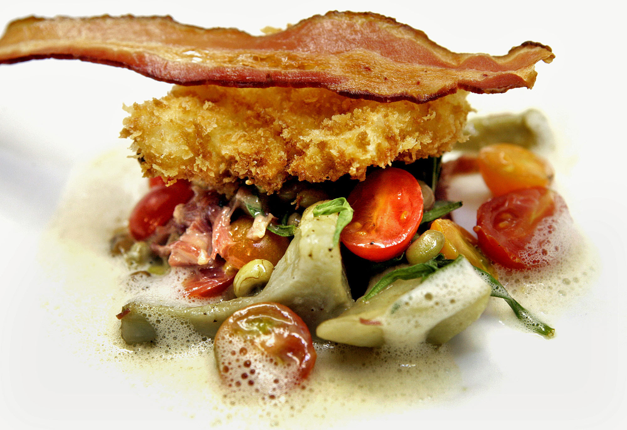 why bacon is an ideal food Yes, bacon really is killing us bacon is not just a food most of us still treat bacon as a dear old friend in an ideal world.
