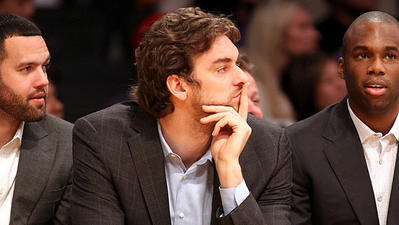 Pau Gasol has leverage — but sure, he'd listen to a Lakers offer
