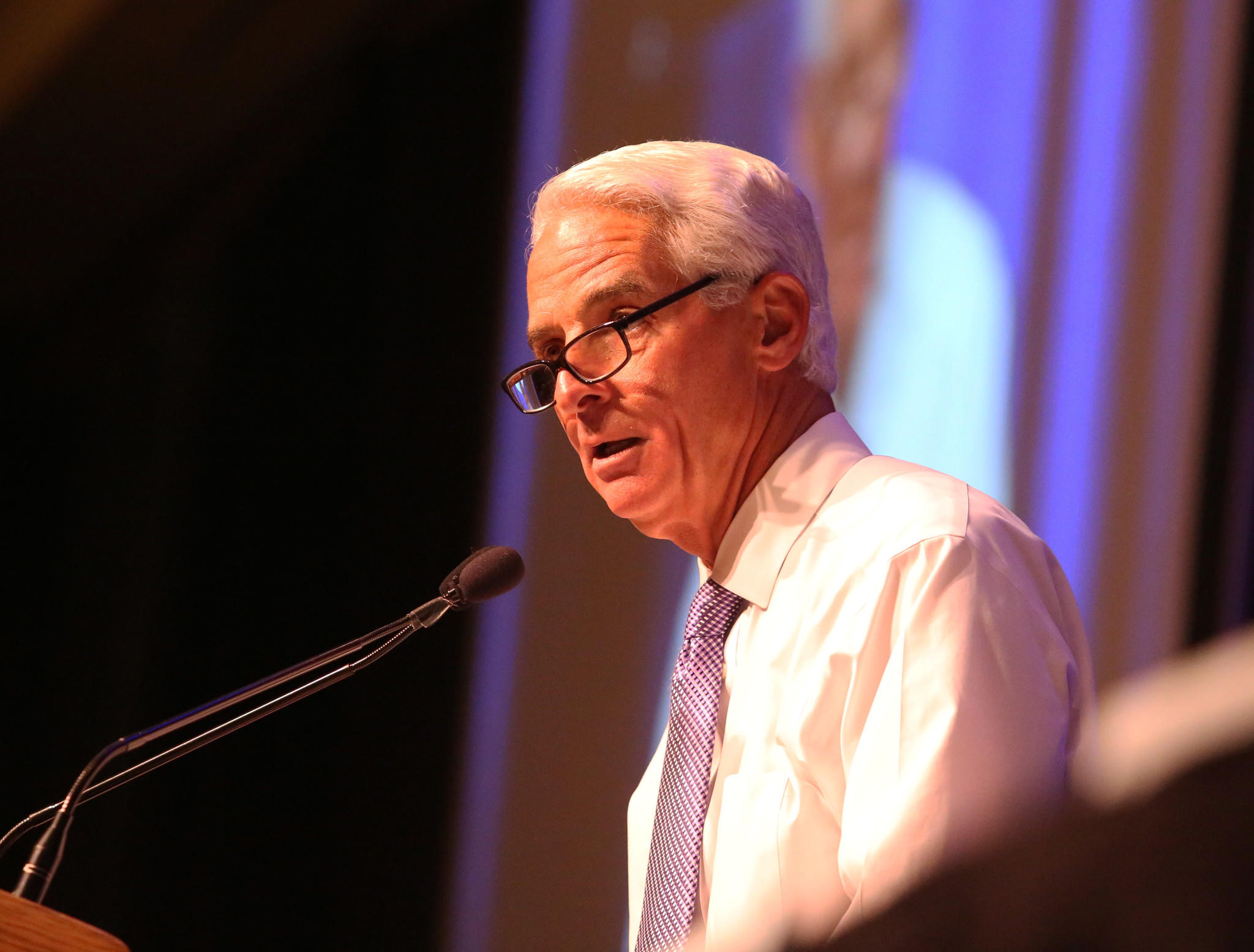 Former Governor Charlie Crist speaks to the Forum Club of the Palm Beaches at the Kravis Center in West Palm Beach. The former Republican governor is currently the leading Democrat trying to unseat incumbent Republican Gov. Rick Scott. Carline Jean, Sun Sentinel