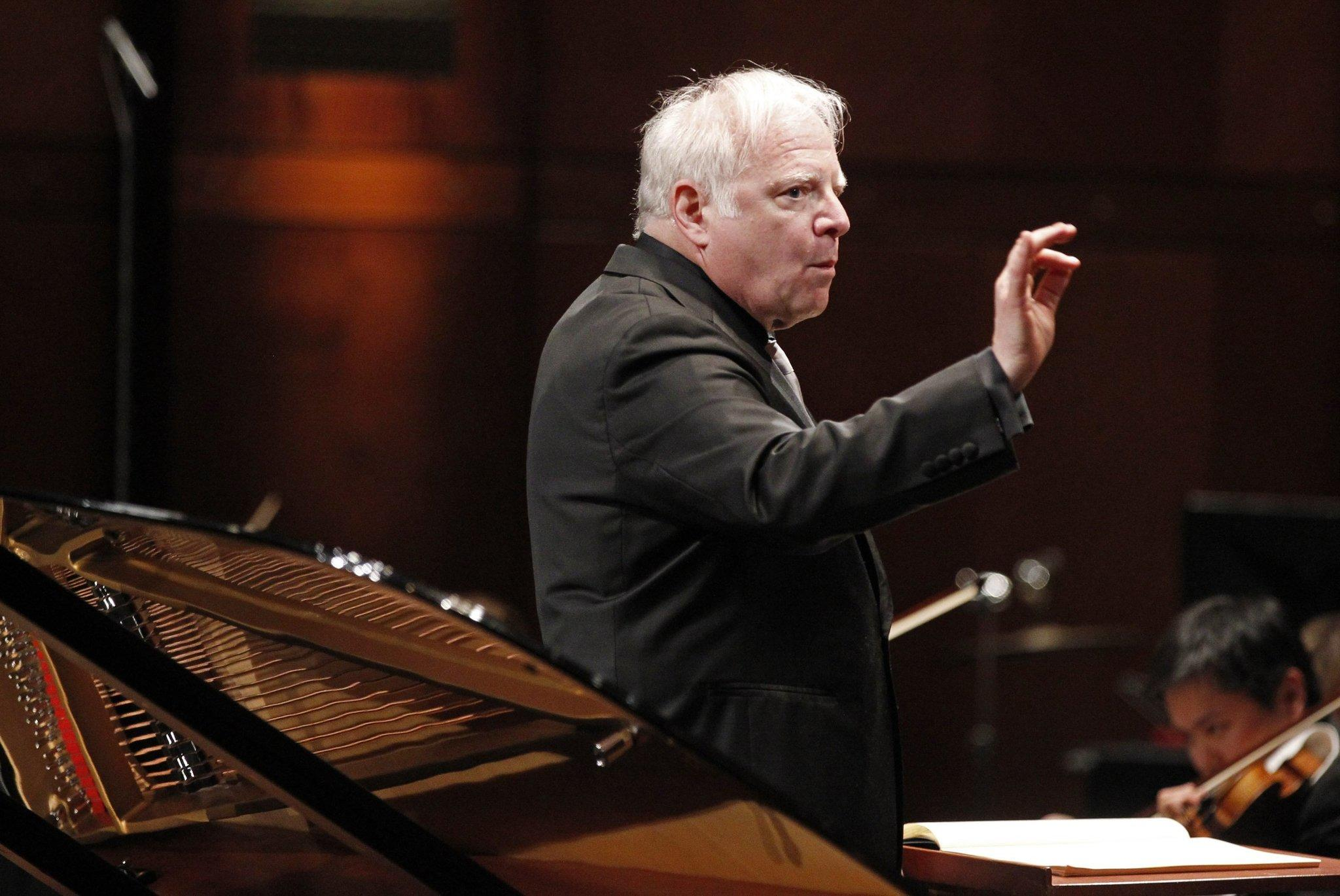Conductor Leonard Slatkin directs the Fort Worth Symphony Orchestra.