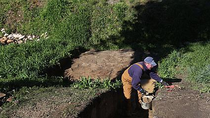 Video: Archaeologists explore Colonial Williamsburg landscape