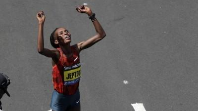 Raw: Keflezighi, Jeptoo Win Boston Marathon