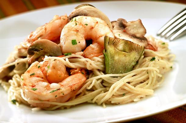Napoli's capellini al gamberetti