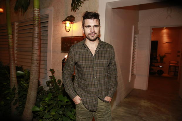 Colombian rocker Juanes was spotted at Seasalt and Pepper Restaurant in Miami on April 18.
