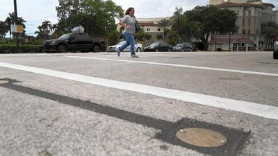 New crosswalk to light up Las Olas Boulevard