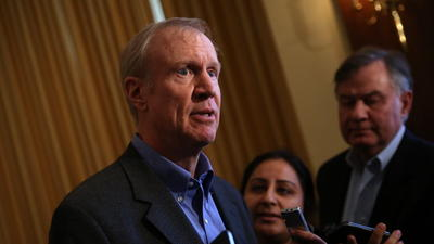 Emanuel's office rips Rauner robocalls on pension bill
