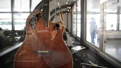 Sounds Of Silence: Ovation Guitar Closing New Hartford Factory
