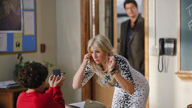 Review: 'Bad Teacher' pleasantly softens as a CBS sitcom