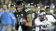 UCLA's abundance of receivers thrills Brett Hundley