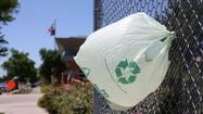 Chicago plastic bag ban advances