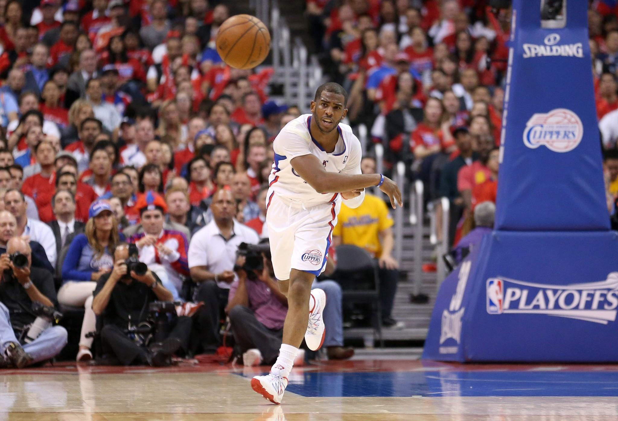 Chris Paul will be in the Clippers' lineup for Game 3 against Golden State.