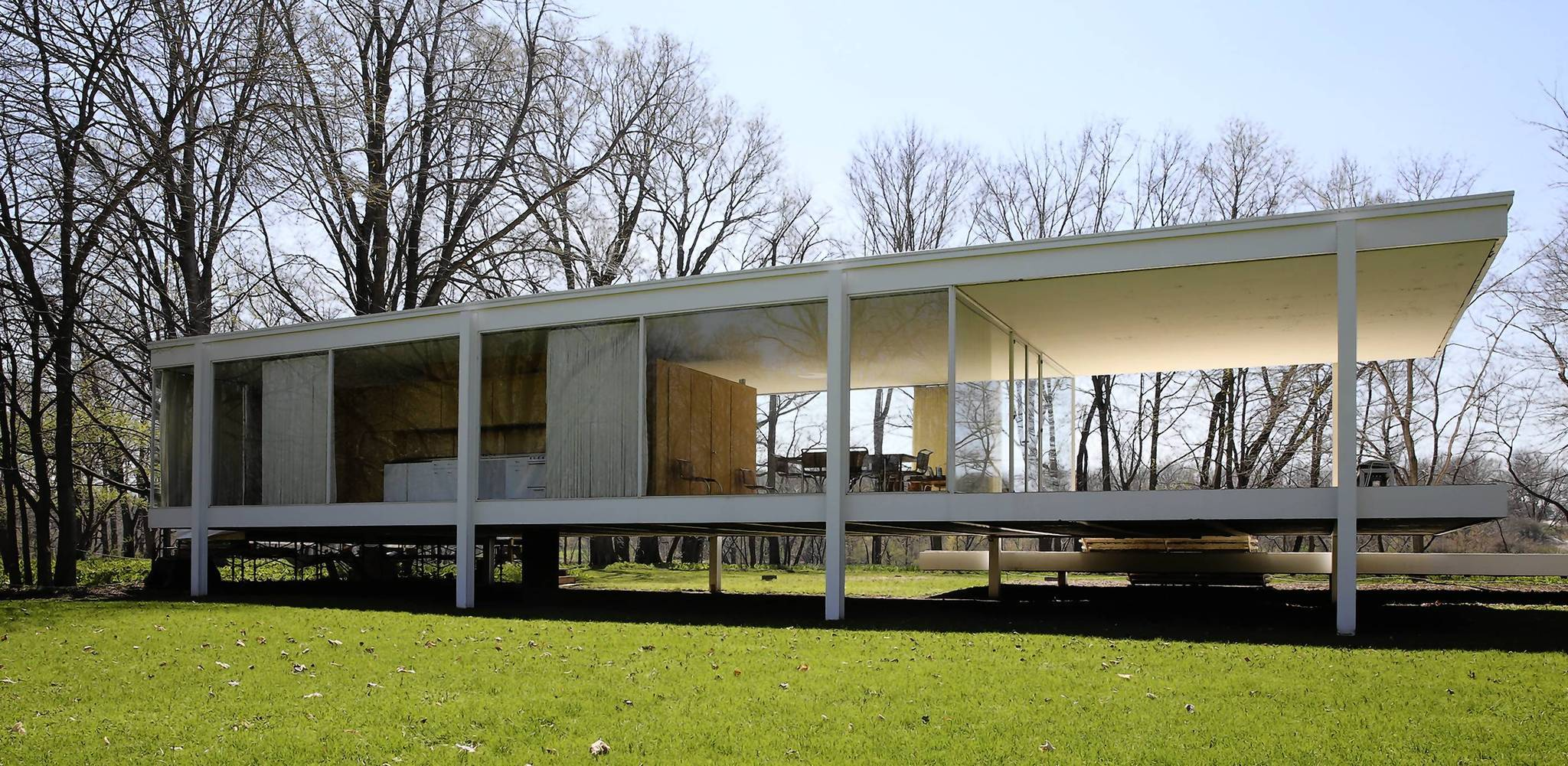Trust considers moving Mies van der Rohe home on the Fox River ...