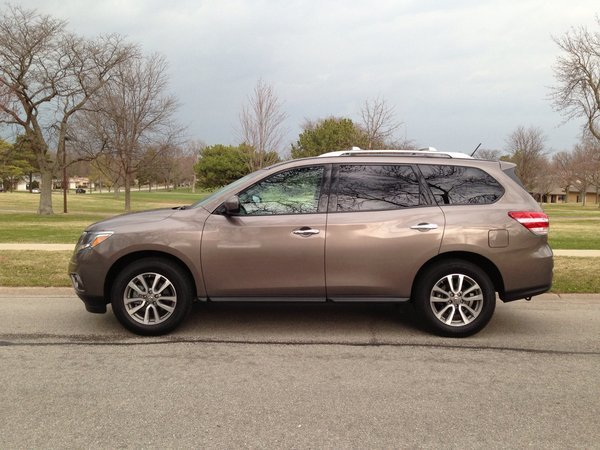 2014 Nissan Pathfinder Hybrid Auto Review Chicago Tribune