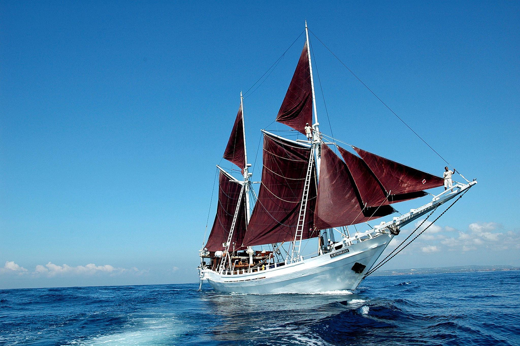 Indonesia Smallship Cruises To Bali Komodo Flores  LA