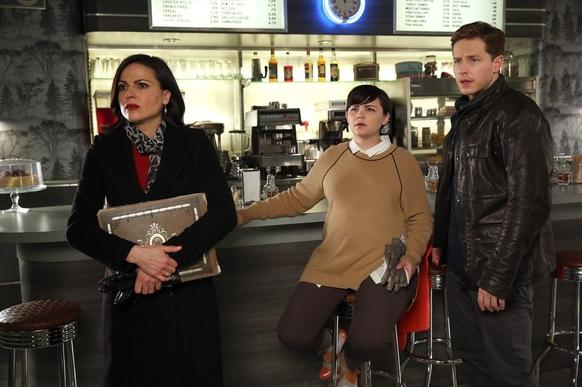 Regina (Lana Parrilla), Snow (Ginnifer Goodwin) and Charming (Josh Dallas) look on.
