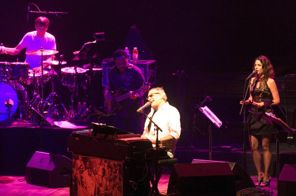 The jazz-rock band brings its Jamalot Ever After tour to Baltimore.