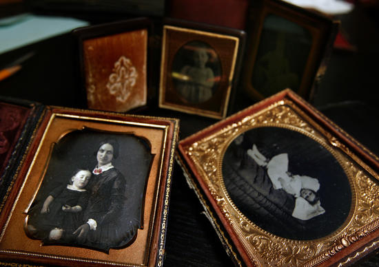 The brainchild of Anthony R. Vizzari, this home-based museum features photos of the dearly departed. The images cater to a memorial custom/ritual that began in the 1800s, formal d