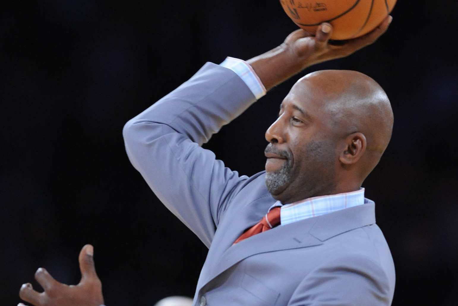 James Worthy to represent Los Angeles Lakers at next month s draft