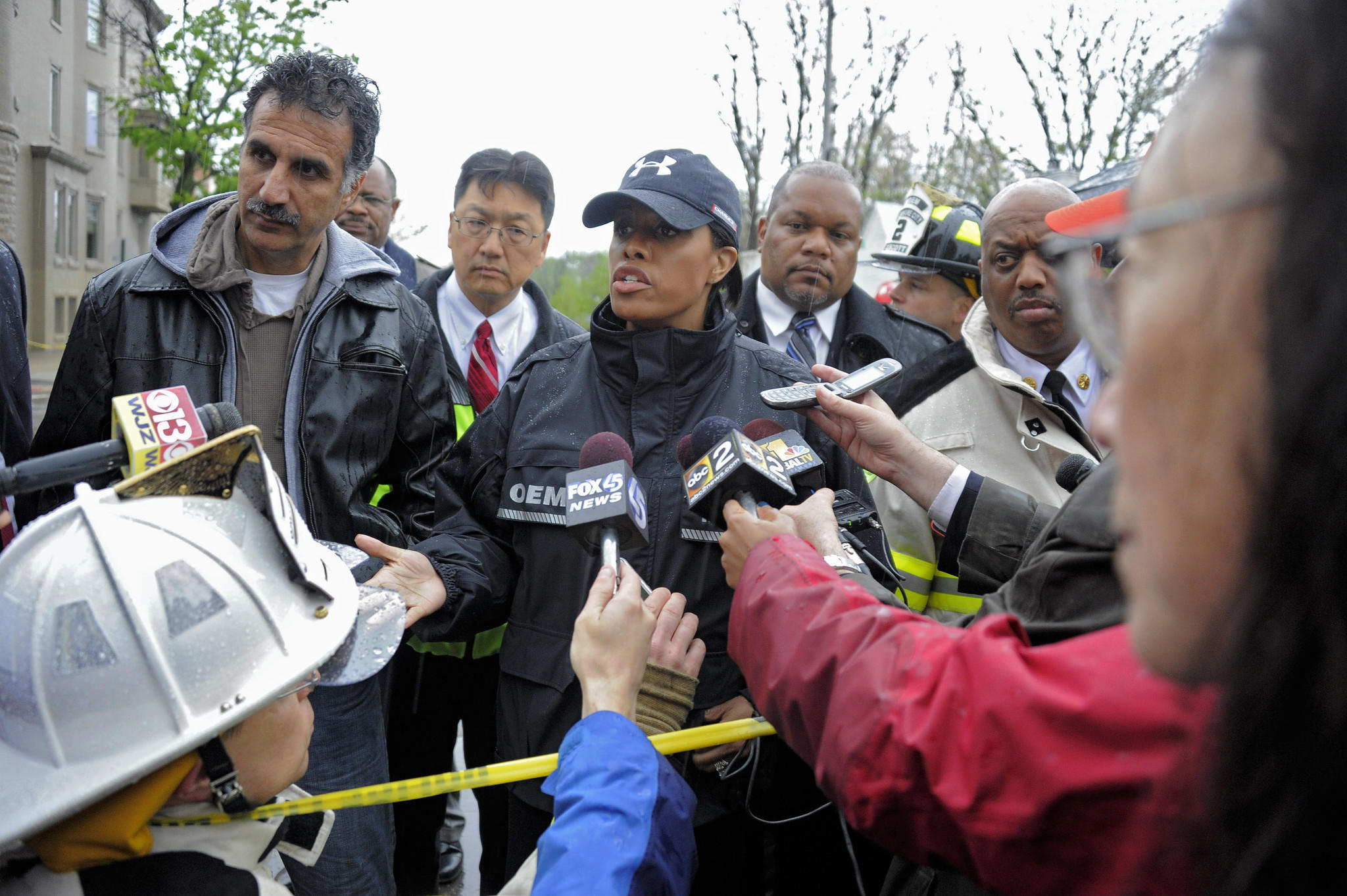 Baltimore Mayor Stephanie Rawlings-Blake briefs journalists at the scene.