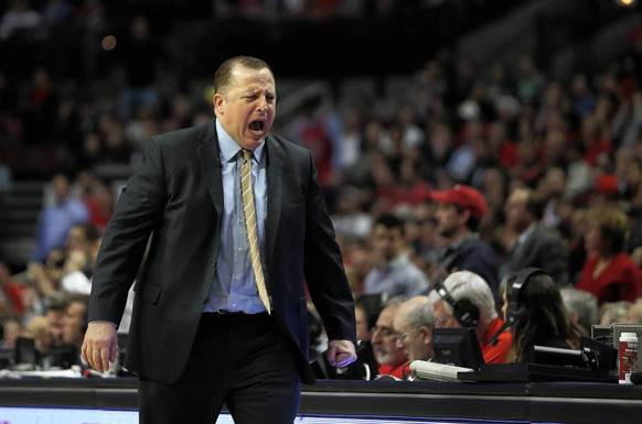 Bulls coach Tom Thibodeau reacts to a call in the first half of Game 5 against the Wizards.