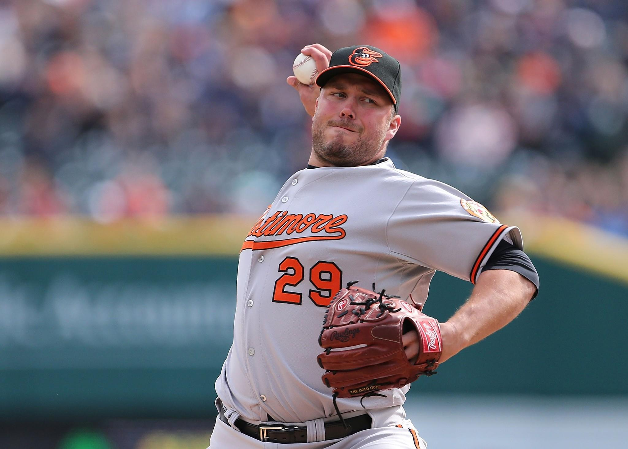 After the Orioles traded Jim Johnson to the Oakland Athletics in December 2013 and failed to sign a proven closer in free agency, right-hander Tommy Hunter inherited the ninth-inning role.