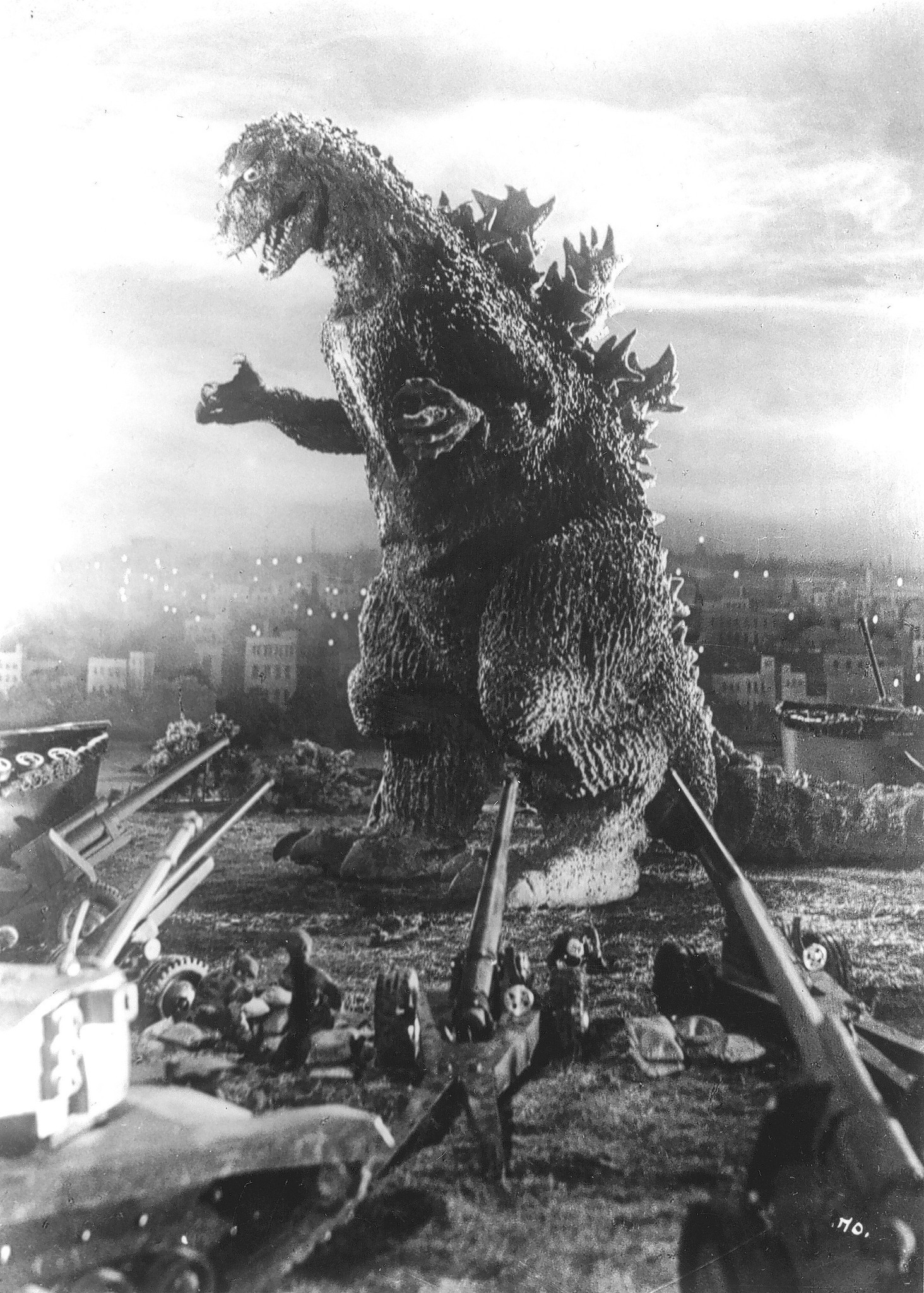 a review of the 1954 movie japans godzilla In 1954, gojira hit japanese theaters and was a sensation that eventually spread world wide for those who don't know, gojira is the original japanese godzilla movie that started the series.