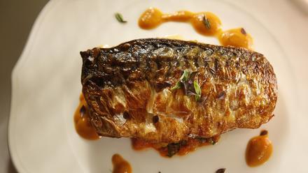 Crispy-skinned Spanish mackerel with piperade