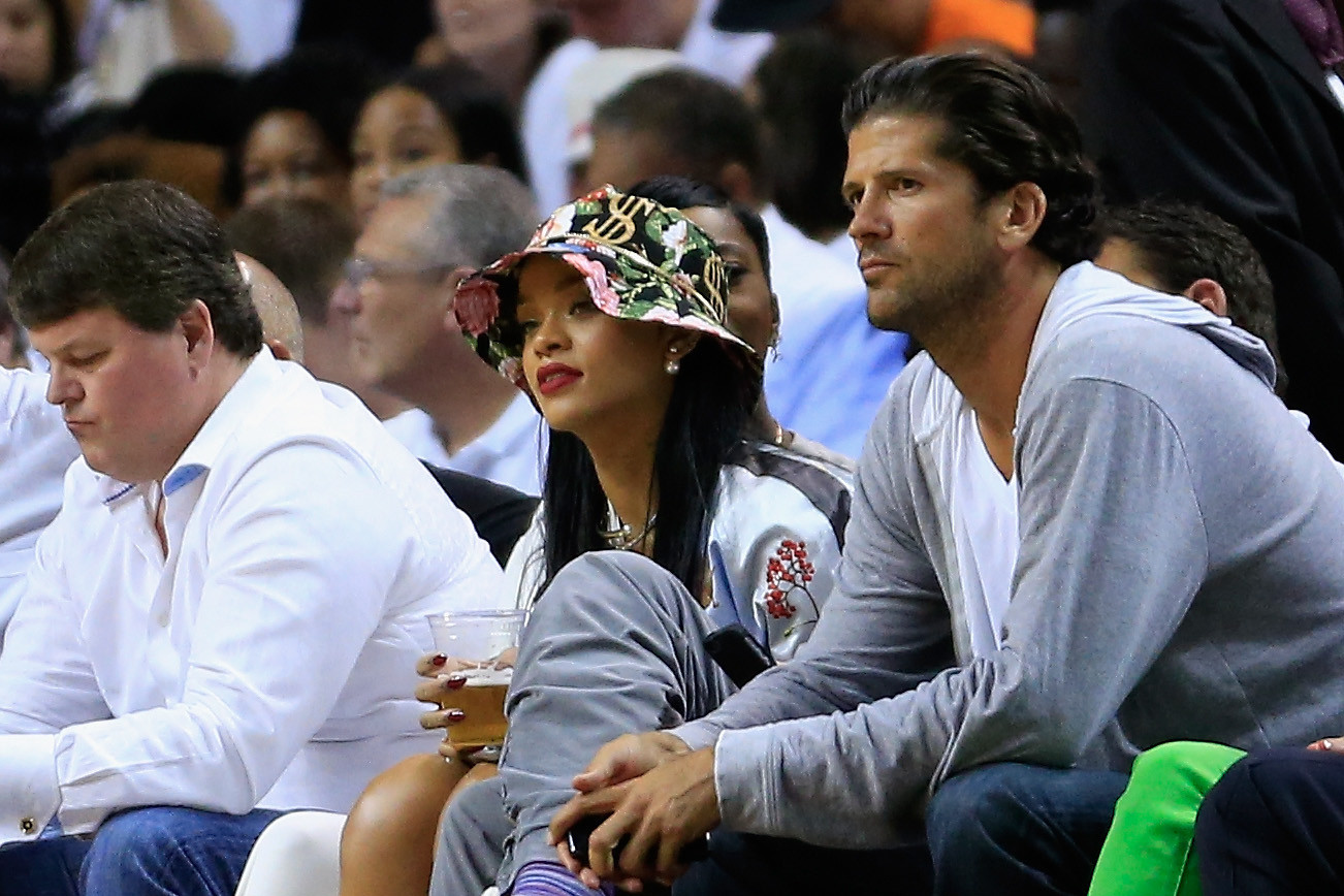 Celeb-spotting around South Florida - Rihanna