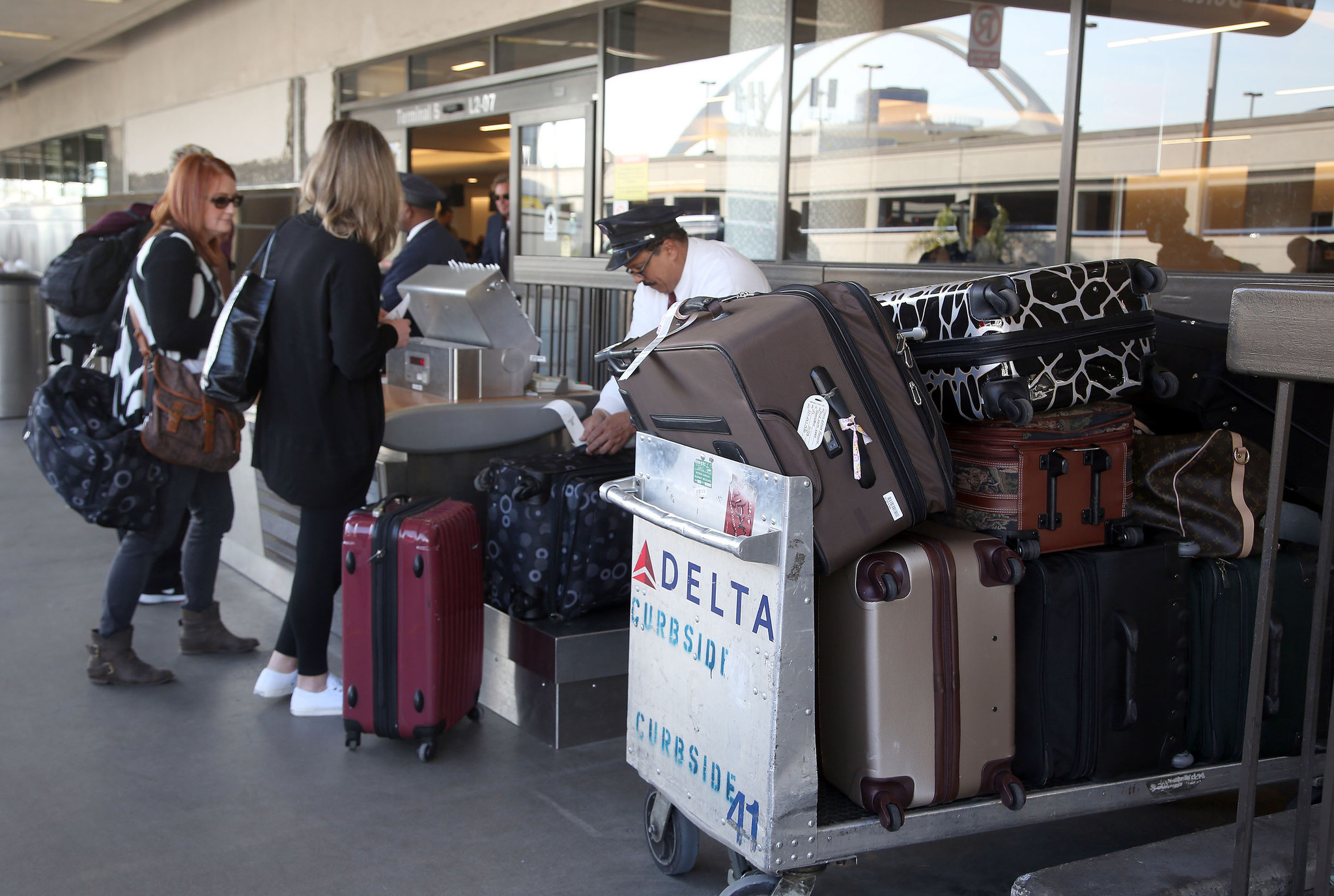 luggage can put heavy hit on your wallet la times