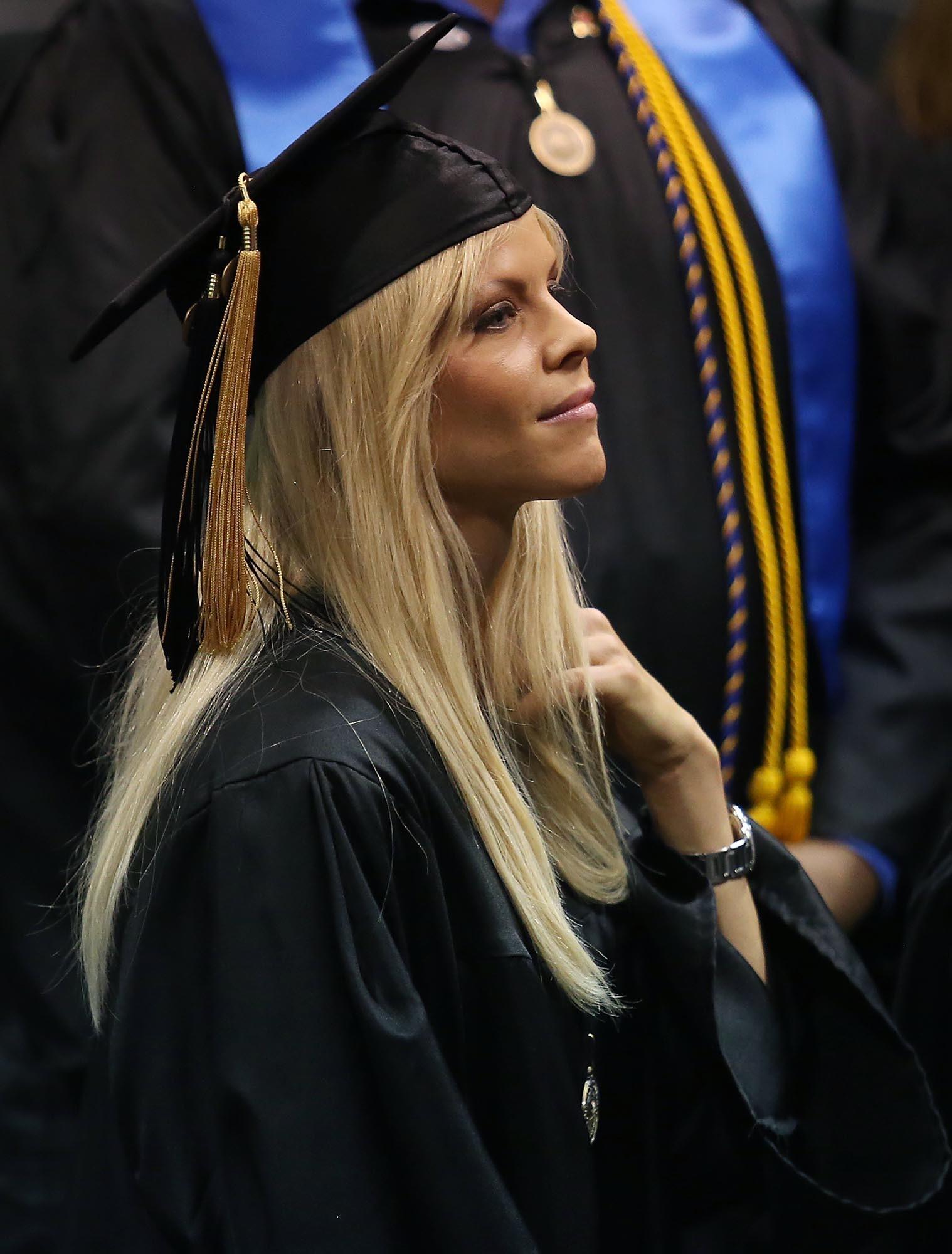 pictures  elin nordegren rollins college commencement