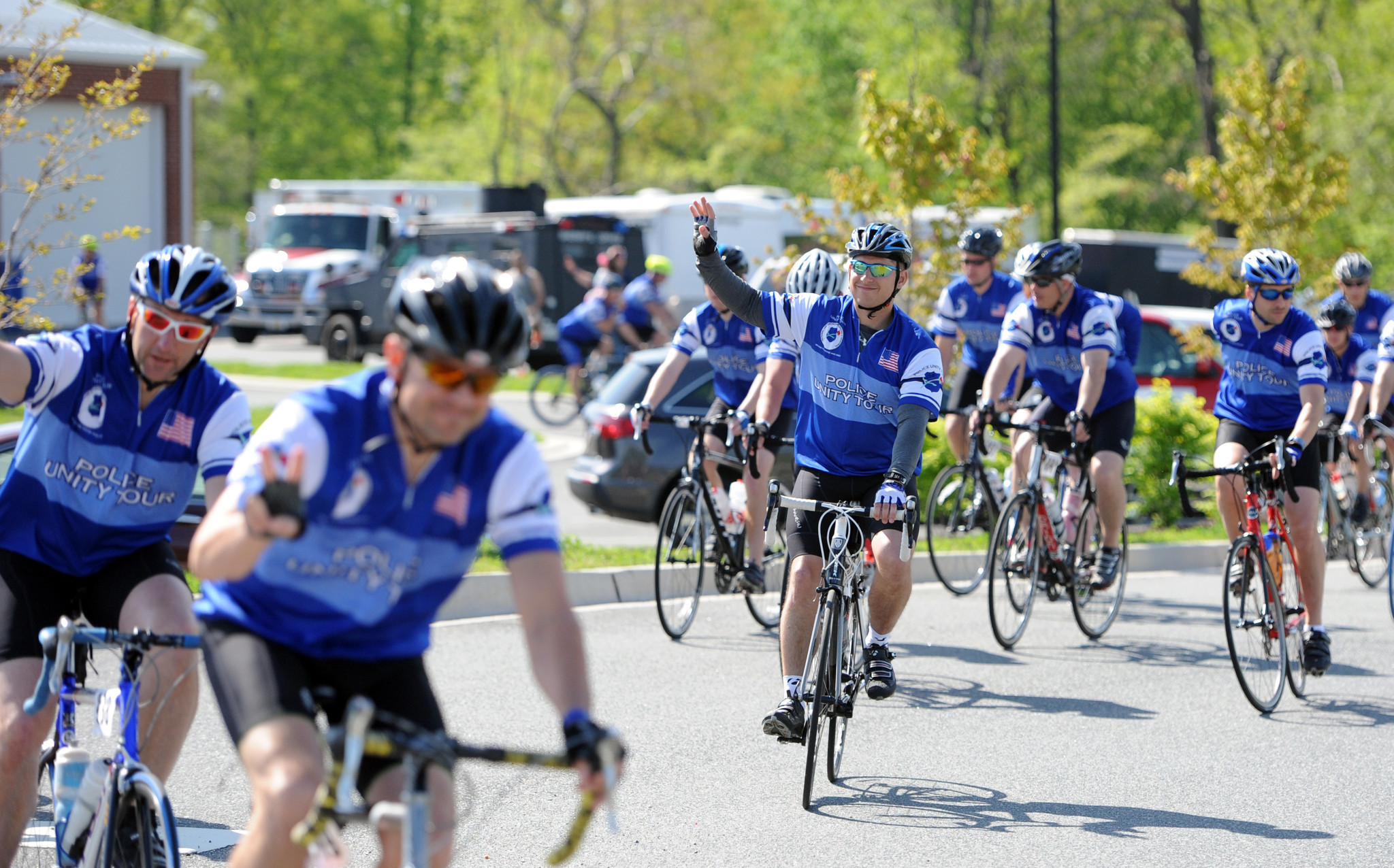 Police unity tour pictures baltimore sun for Police tours