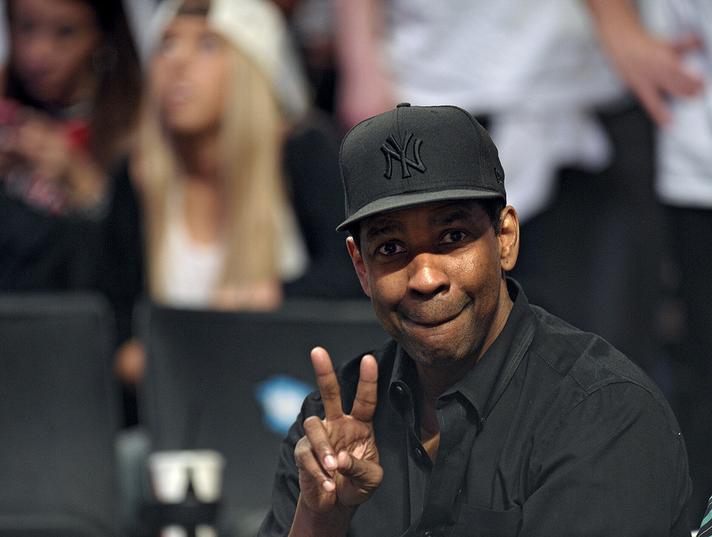 Celebs spotted at Miami Heat games - Denzel Washington