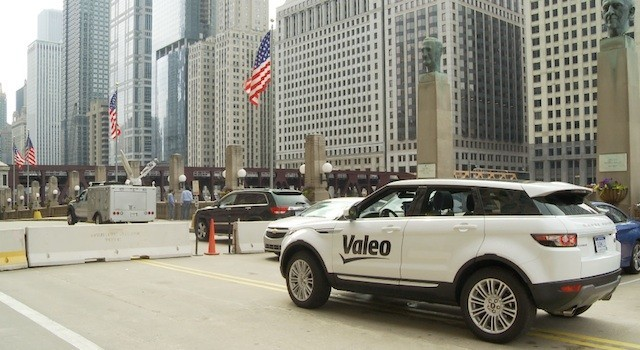 Self-driving car drops off driver, finds parking spot