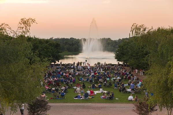 Summer Season Fills The Chicago Botanic Garden With Music Chicago Tribune
