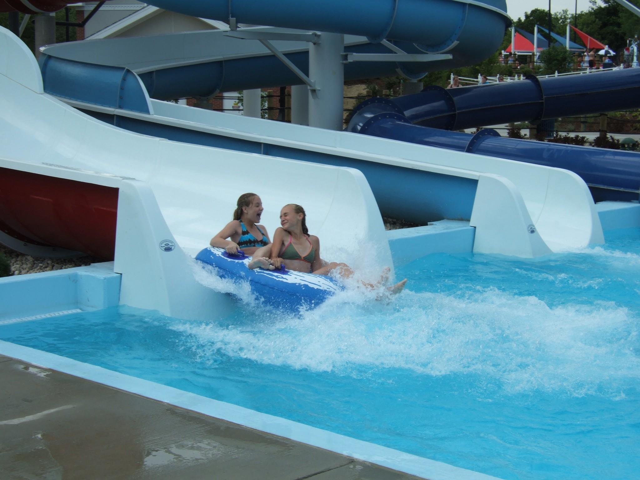 FREE SUMMER STARTER: GO 'BEHIND-THE-SCENES' AT MUNDELEIN'S WATER THRILL BAREFOOT BAY - Mundelein ...