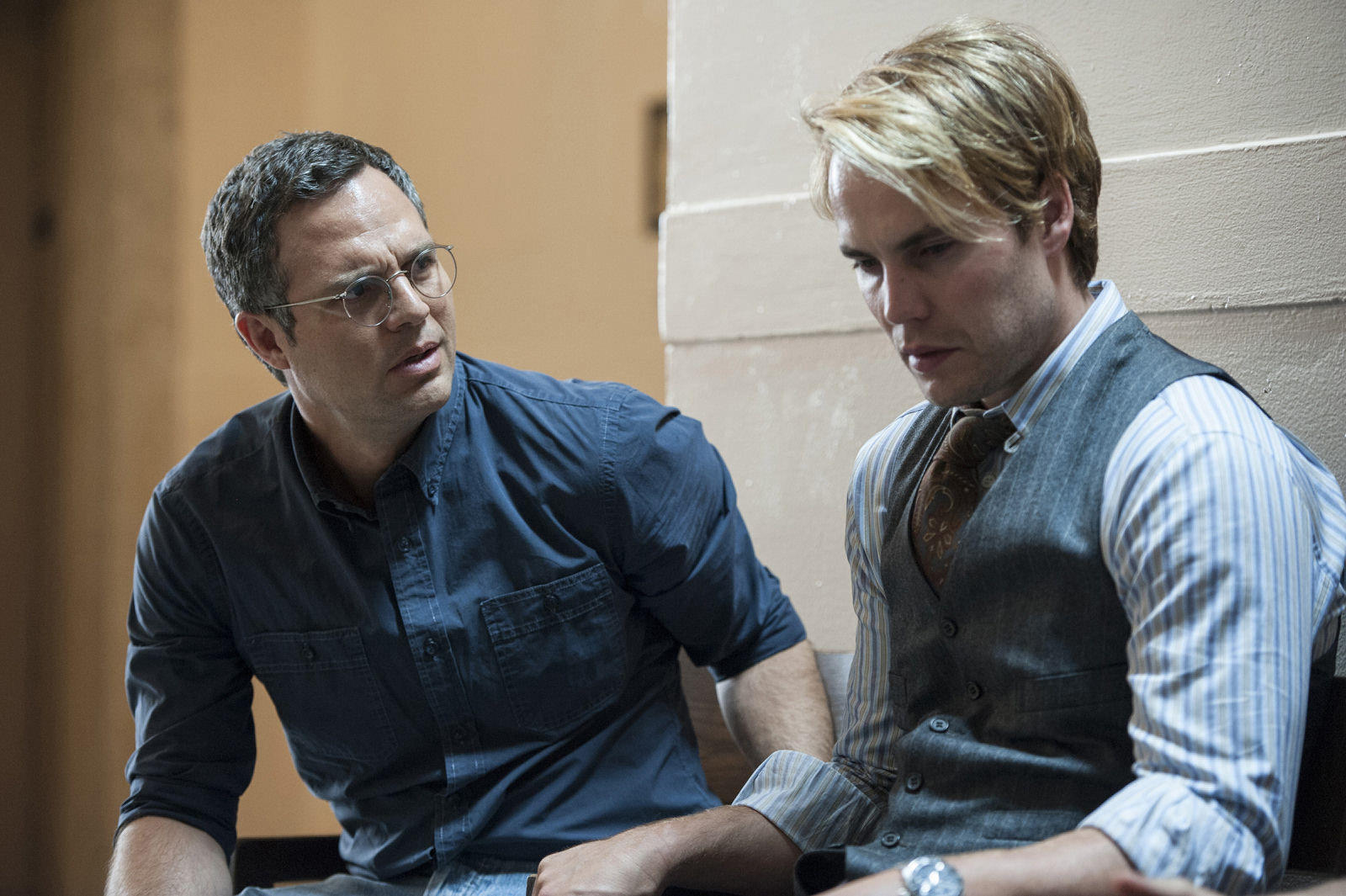 THE NORMAL HEART: Mark Ruffalo (left) and Taylor Kitsch from a cast that also includes Julia Roberts and Jim Parsons.