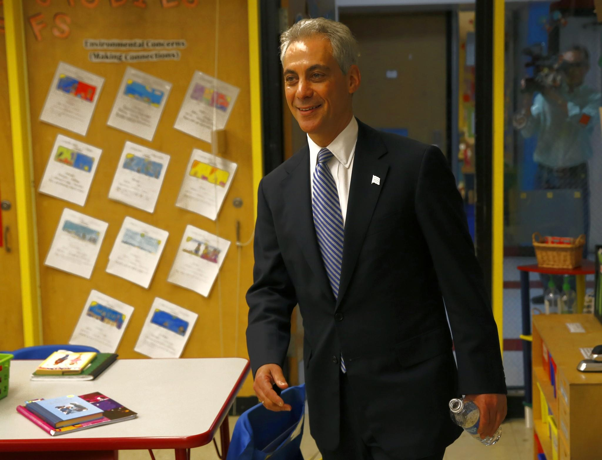 Mayor Rahm Emanuel visits Joseph Brennemann Elementary School on the city's North Side in May 2013.