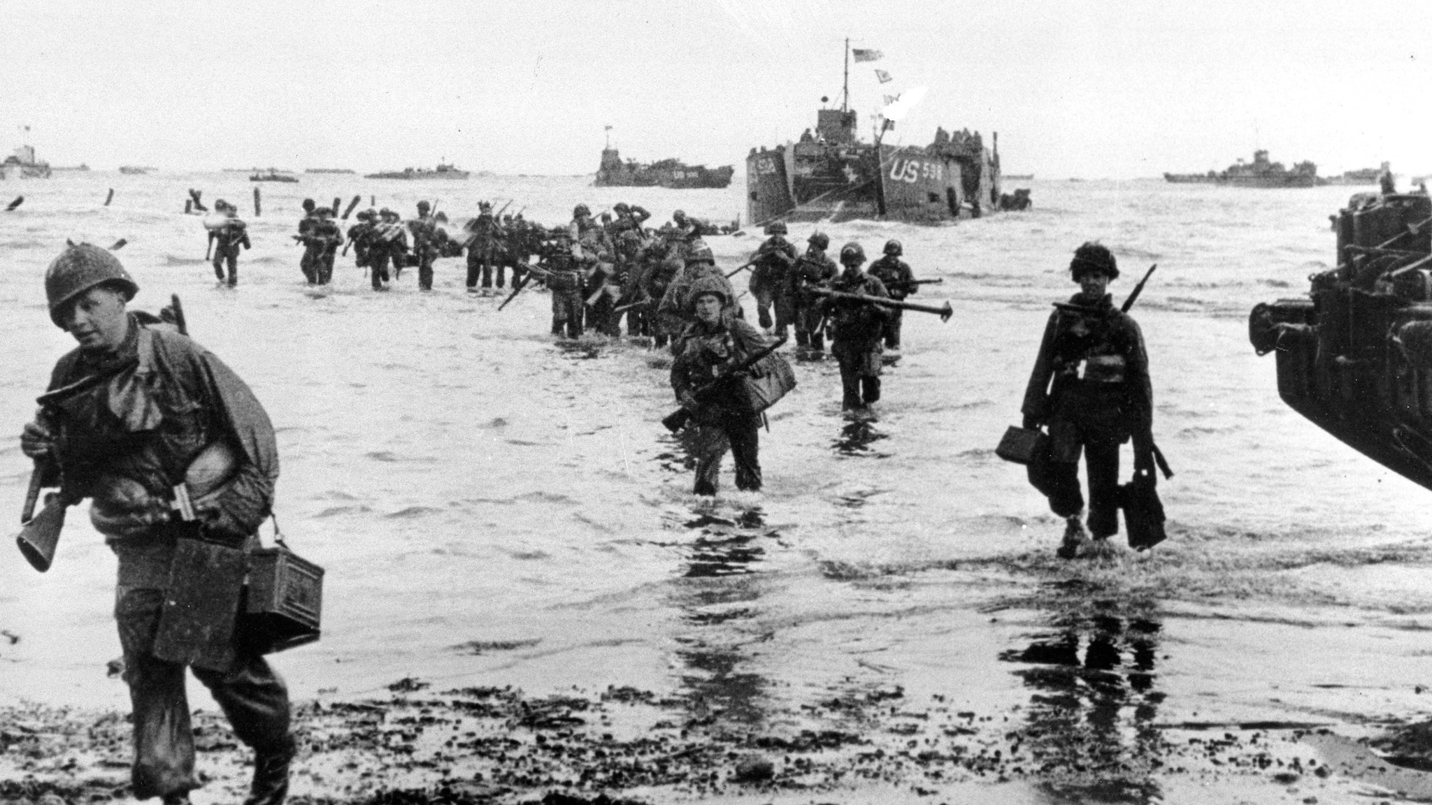 world war ii and d day invasion On the 70th anniversary of d-day,  'the screaming eagles', as they prepare for the d-day invasion, england, world war ii, june 6, 1944.