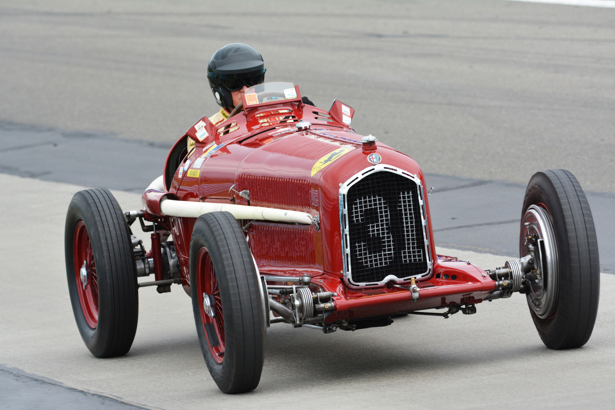 At Indy Course Vintage Race Cars Take You On A Roll Down Memory