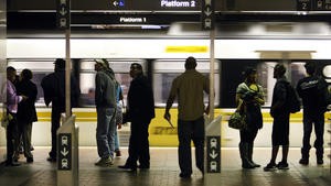 Should Metro charge higher fares for longer commutes?