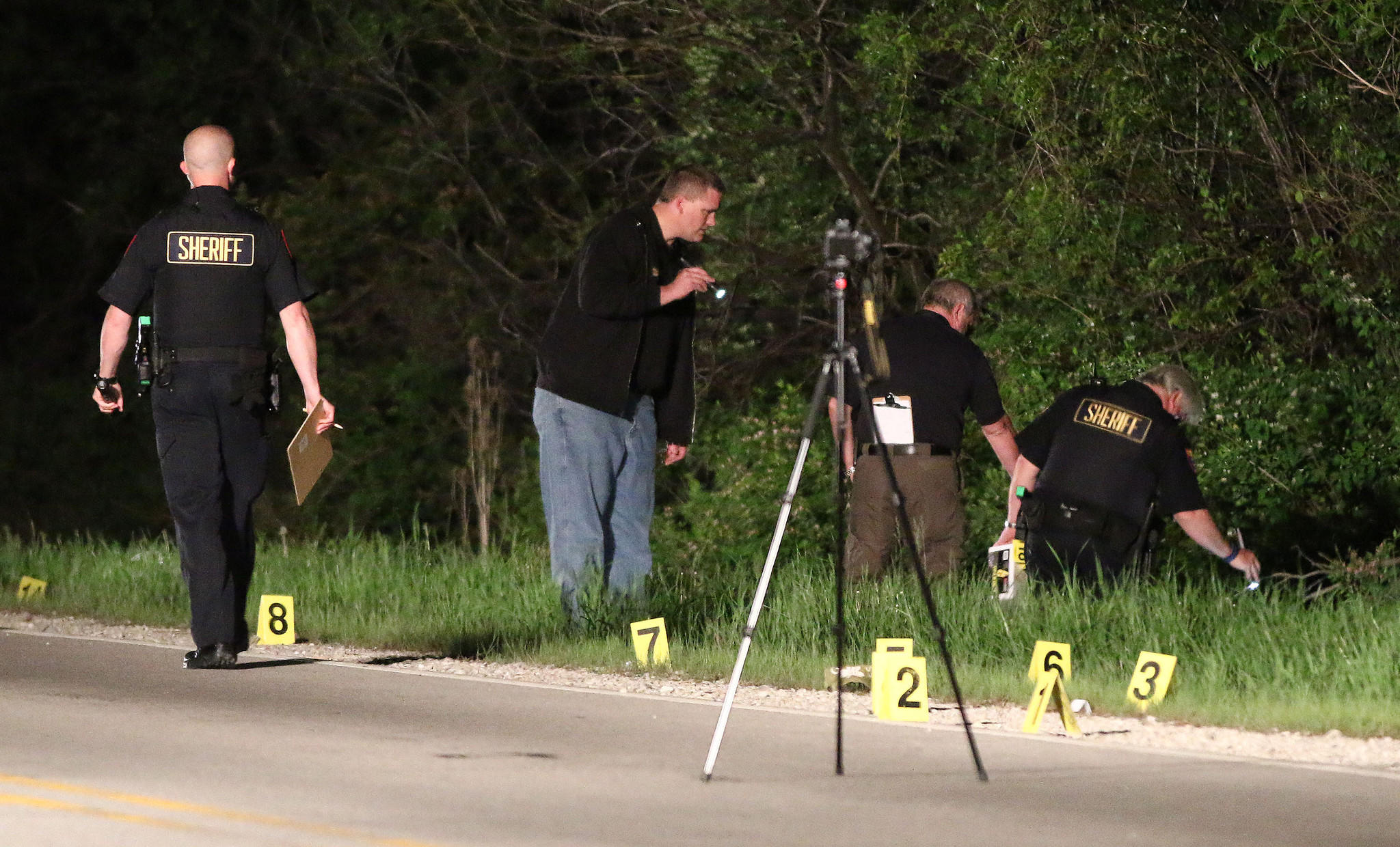 Authorities investigate a fatal pedestrian hit-and-run accident in Mundelein late on May 23.