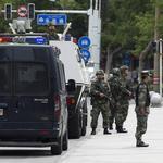 Voisins chinois parlent origine ethnique, la peur après l'attaque du marché Urumqi