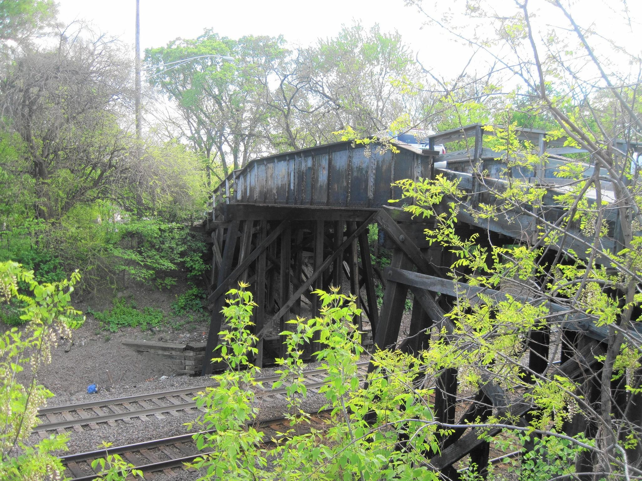 Plans to replace a 130-year-old bridge in Hinsdale are moving forward.